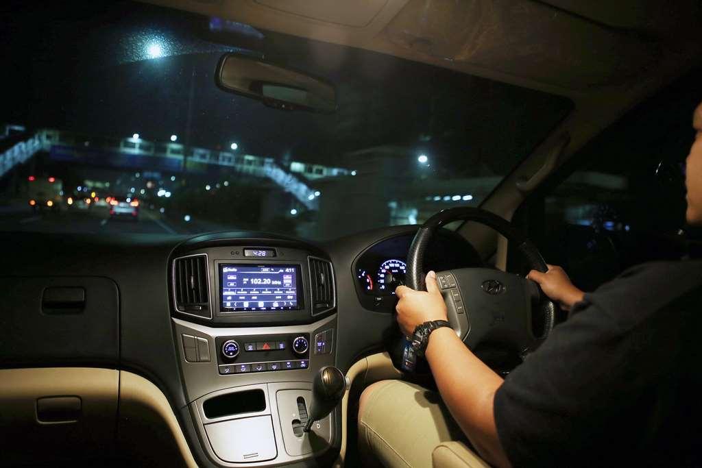 Antisipasi Berkendara Mobil di Malam Hari