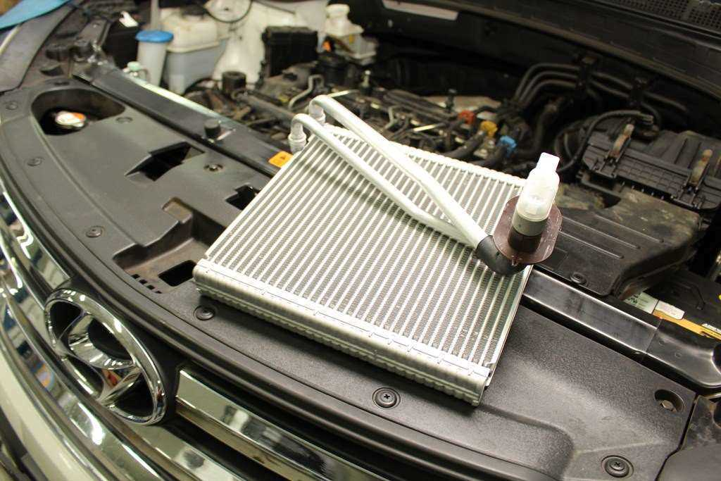 Fungsi dari Evaporator AC Mobil