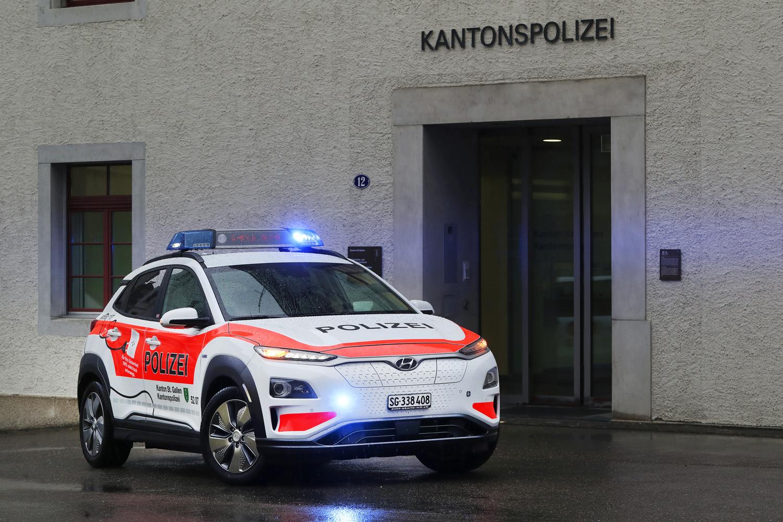 Hyundai Kona Electric Jadi Mobil Polisi di Swiss