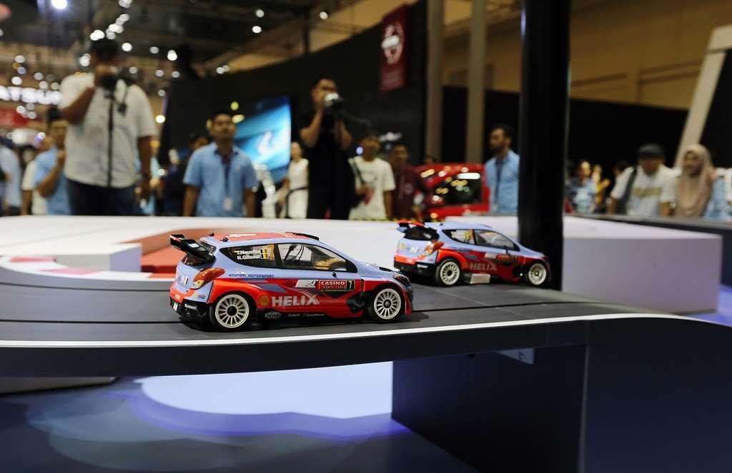 Seru-Seruan di Booth Hyundai Ikut Shouting Race