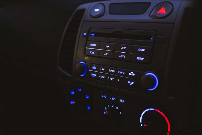 Safety Driving: Jangan Salah Pilih Musik Saat Berkendara