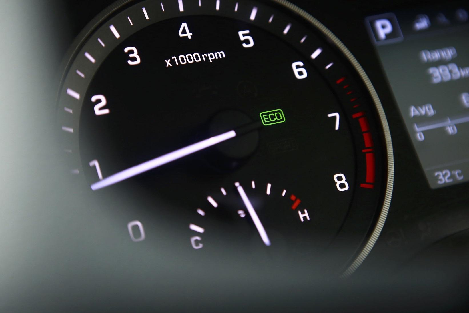 Fitur di Mobil yang Bisa Menghemat BBM