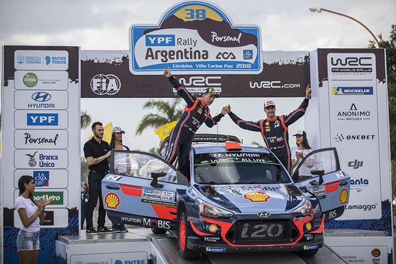 Tim WRC Hyundai Harus Puas di Podium Kedua dan Ketiga