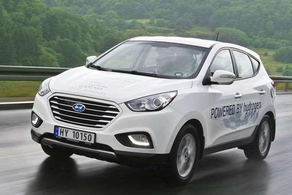 Test Hyundai ix35, 2500 Km, 5 Hari 5 Negara