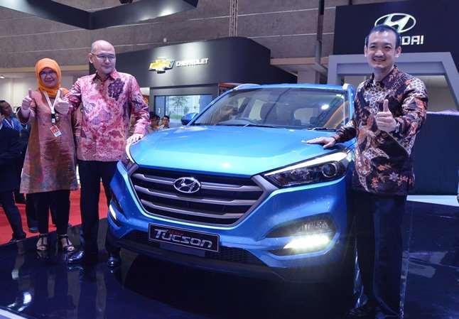 Hyundai meluncurkan All New Tucson dan H-1 di IIMS 2016
