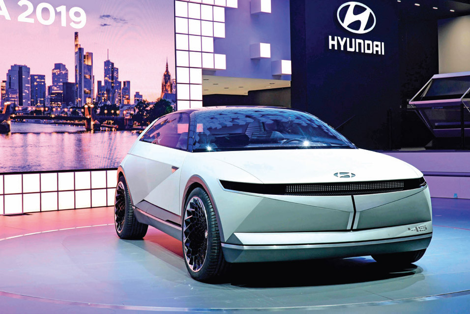 Kendaraan Elektrifikasi Masa Depan Dengan Teknologi Autonomous