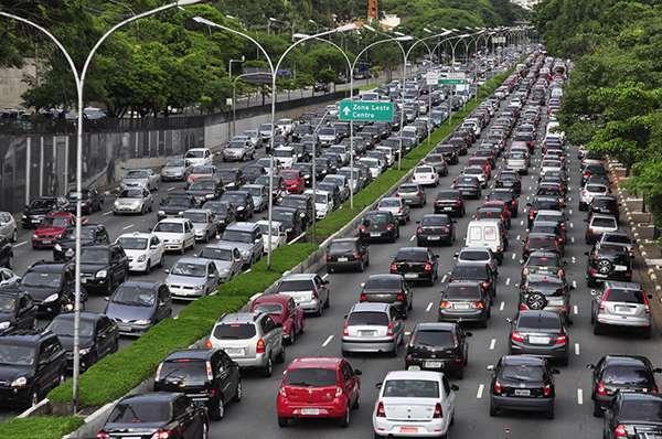 10 Negara di Dunia dengan Pemilik Mobil Terbanyak