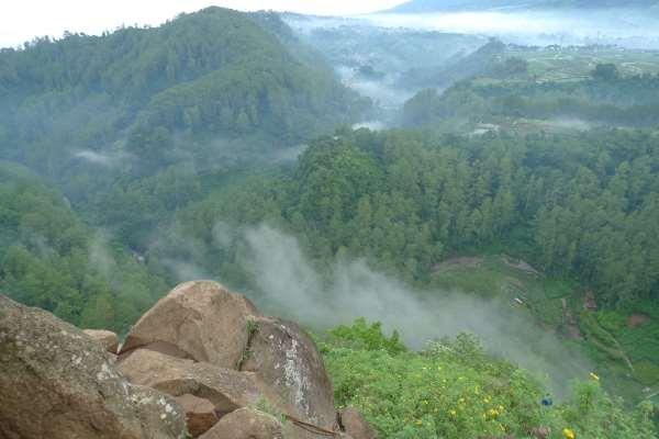 6 Tempat Wisata Cantik dan Layak Dikunjungi di Jawa Barat