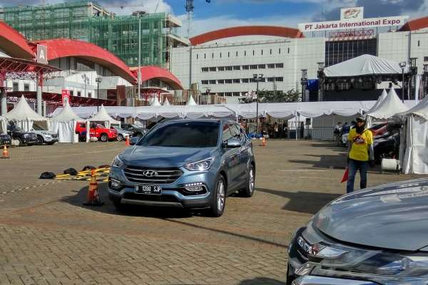 Hyundai Hadirkan Unit Test Drive New Santa Fe CRDi dan All New Tucson XG CRDi EVGTurbo Di IIMS 2017