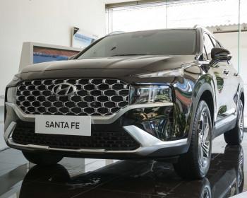 New Hyundai Santa Fe: Wiser, Bolder & Smarter
