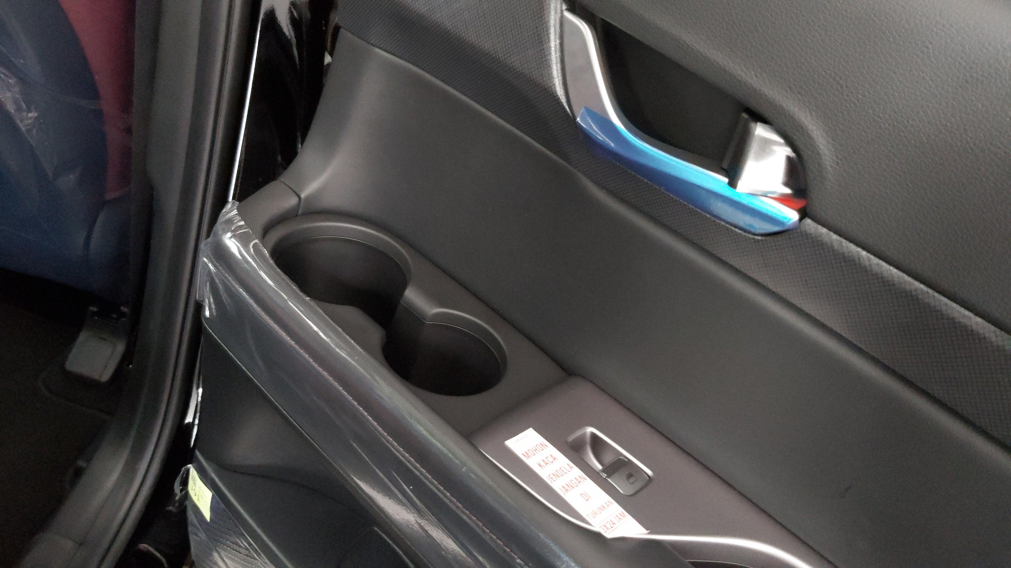 Cup Holder Di Hyundai Palisade Sangat Melimpah Jumlahnya
