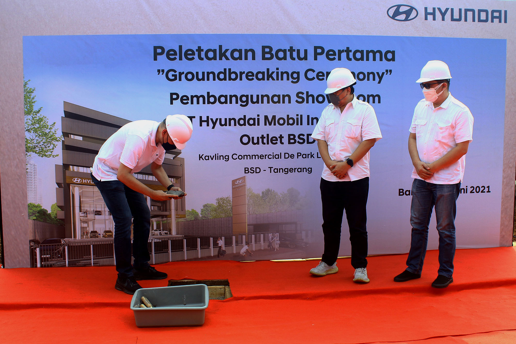 Peletakan Batu Pertama Showroom Hyundai BSD Tangerang