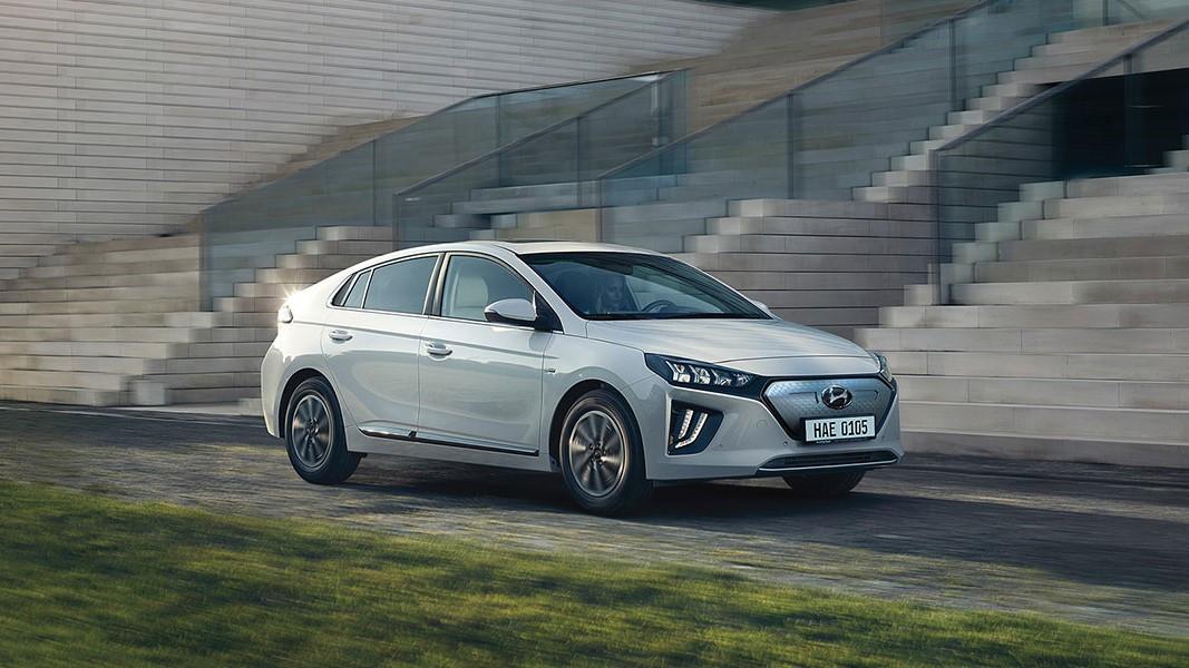 Mobil Listrik IONIQ Electric Dirilis Dengan 2 Model: Prime dan Signature