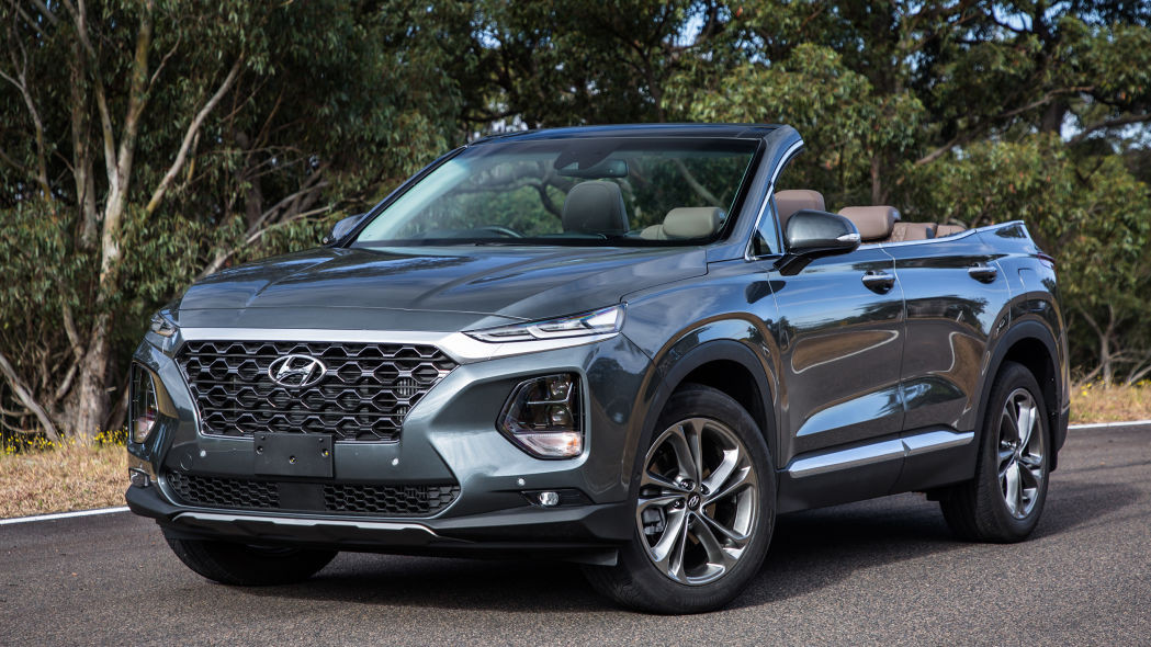 "Jangan Salah, Hyundai Santa Fe ""Convertible"" Hanya Untuk Syuting Iklan"