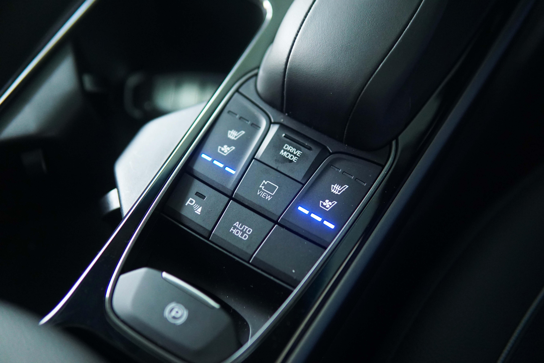 """Jok Cerdas """"Ventilated Seat"""" Di Hyundai Ioniq Menambah Nyaman Perjalanan"""